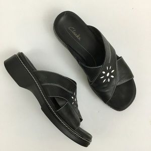Clarks Open Toe Black Leather Sandals Womens 8
